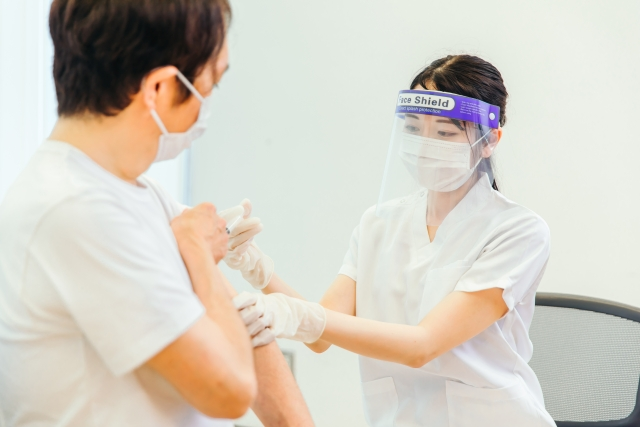 国産ワクチンの治験